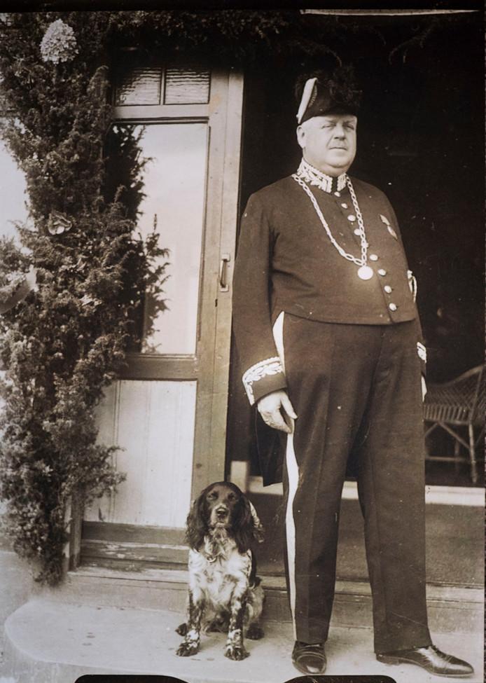 Burgemeester Baron van der Borch.