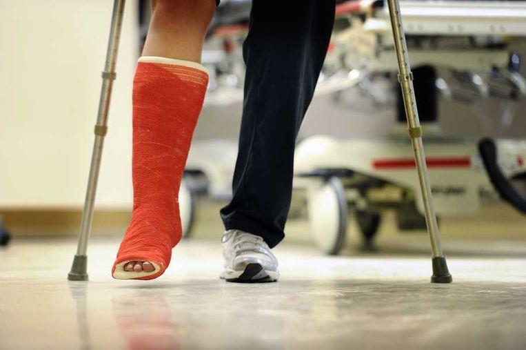 De spoedeisende hulpafdeling in het Sint Jansdal ziekenhuis in Harderwijk. Een groot deel van de regionale ziekenhuizen dreigt zijn intensive care en spoedeisende hulpafdeling te moeten sluiten vanwege nieuwe zorgregels. Beeld anp