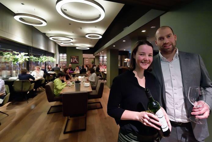 Jody Mekes en Rob de Weerd in hun restaurant Sistermans.