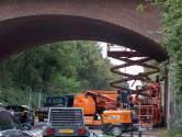 Niemand wil dat de bakstenen uit het viaduct vallen