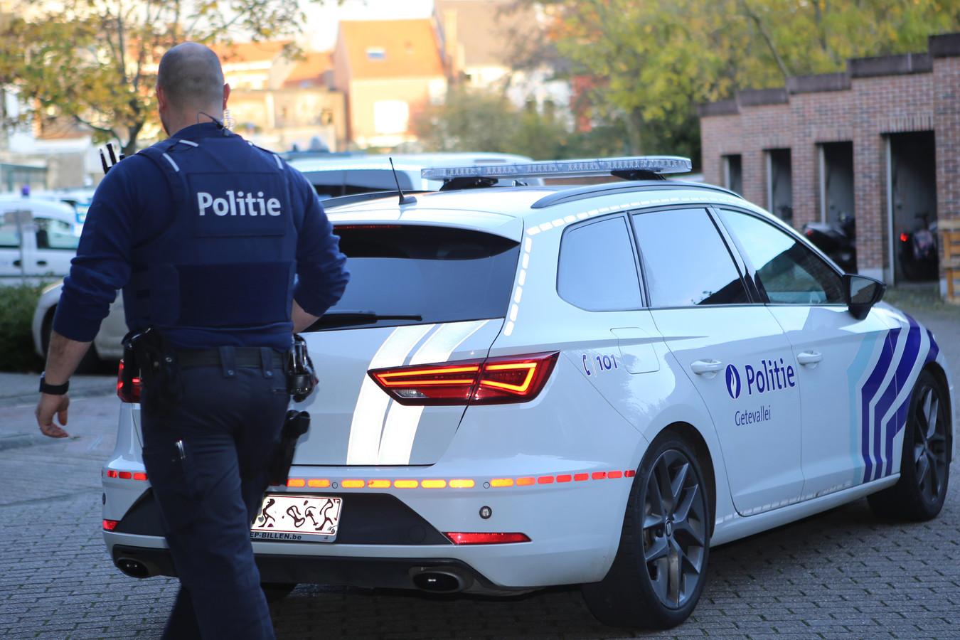 De politie onderzoekt de zaak verder.