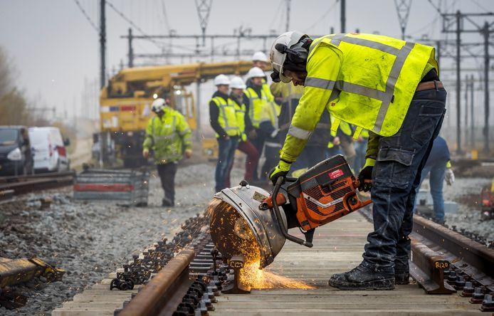 Foto ter illustratie: werkzaamheden aan het spoor.