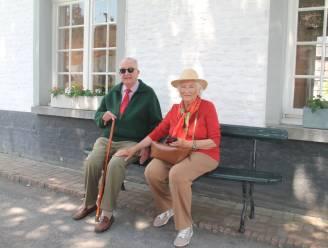 Koning Albert (86) en koningin Paola (83) brengen verrassingsbezoek aan Begijnhof in Hoogstraten