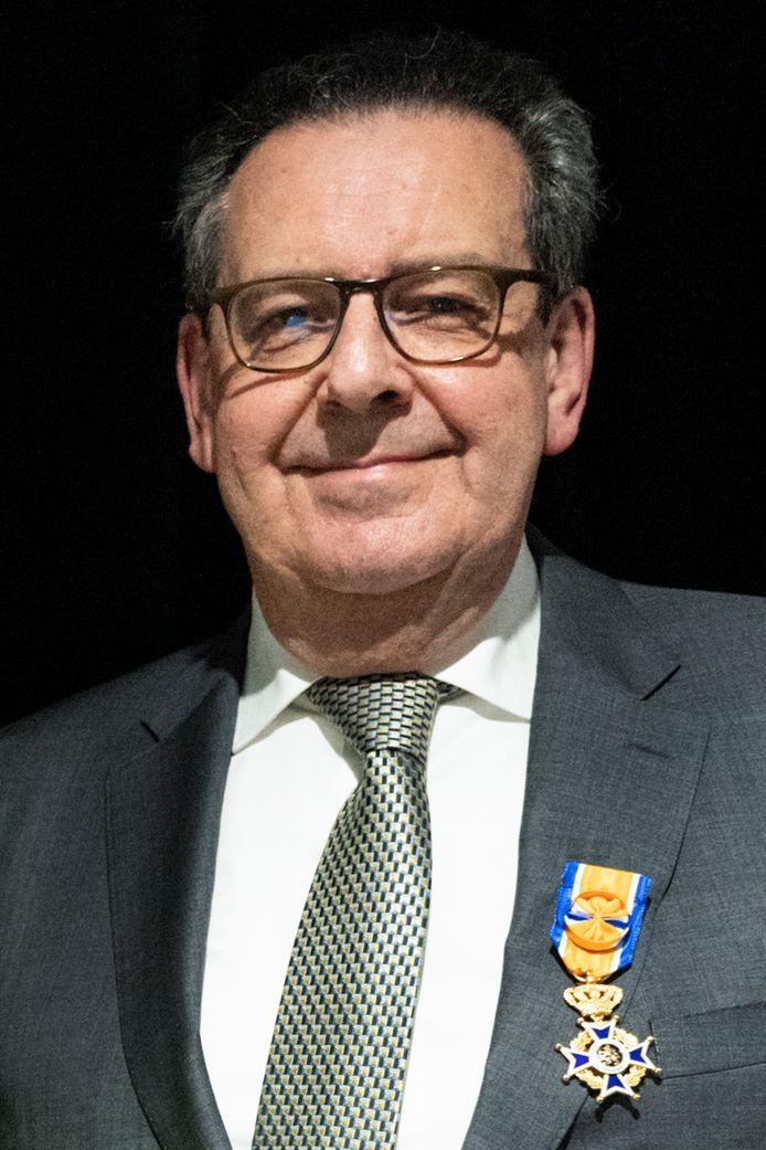 Oud-gedeputeerde in de provincie Noord-Brabant Bert Pauli gaat op initiatief van Gemeentebelangen met alle raadsfracties in Vught in gesprek.