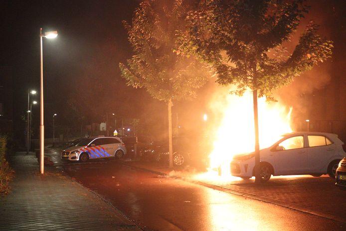 Drie voertuigen beschadigd na autobrand in Leidsche Rijn
