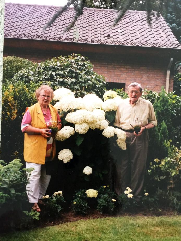 Balt van Vught Technisch beheerder met vrouw Anneke op latere leeftijd