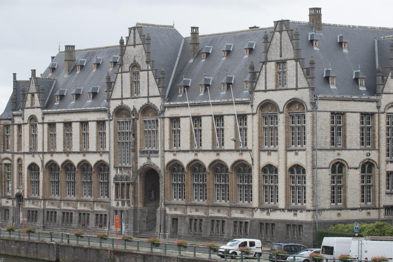 De man moest zich in de correctionele rechtbank van Oudenaarde verantwoorden.