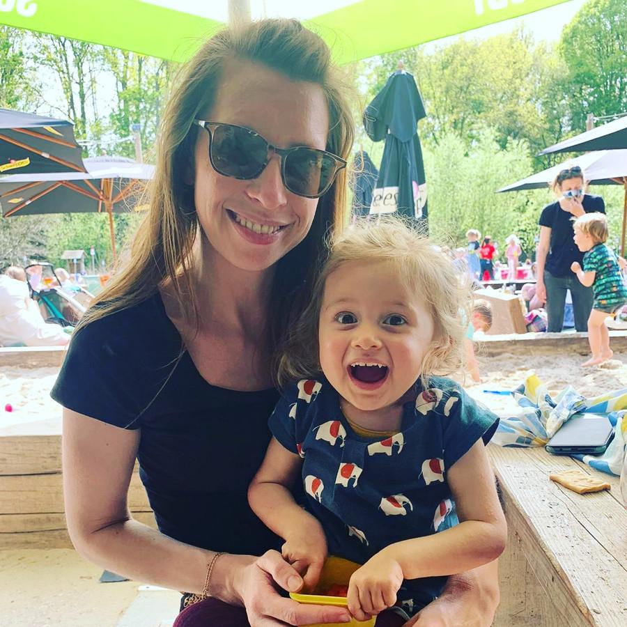 Ellen De Meyer et sa fille Pia Boehnke, atteinte d'une rare maladie générique