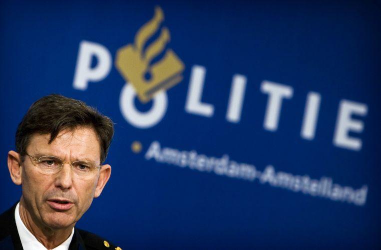 Hoofdcommissaris Bernard Welten van de politie is in grote lijnen tevreden. ''Het is weer veiliger.'' Foto ANP/Koen van Weel Beeld