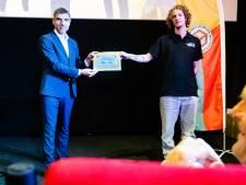 Deze jongeren voltooiden als allereersten van Nederland hun maatschappelijke diensttijd