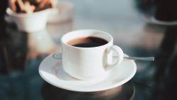Daarom moet je na een kop koffie naar toilet (en nee, het ligt niet aan de cafeïne)