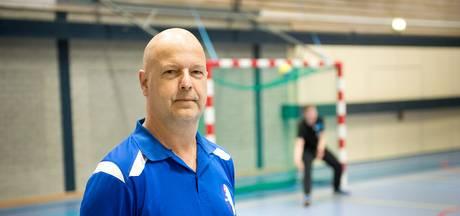 Coach Huissen verrast met transfer naar Angeren