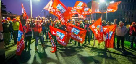 Grote staking bij metaalbedrijven in Rotterdamse regio: personeel IHC, Fokker en Damen legt werk neer