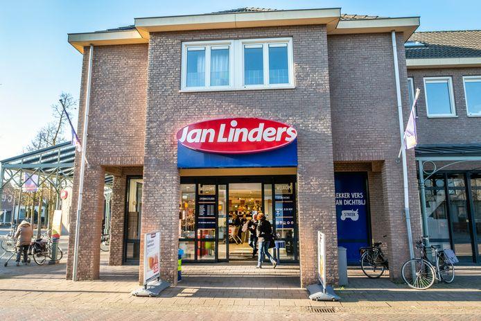 De supermarkt van Jan Linders aan De Merret in Sint Anthonis.