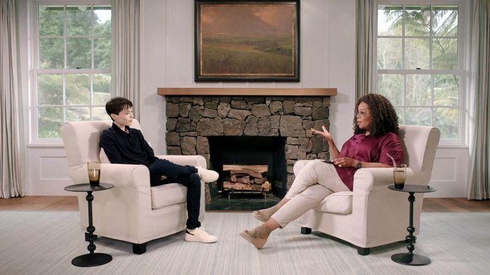 Elliot Page a accordé sa première interview télévisée depuis son coming out transgenre à Oprah Winfrey.