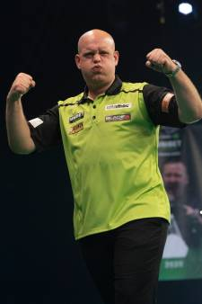 EK darts   Van Gerwen verpulvert Wade en treft nu Price: 'Ze zijn allemaal bang voor me'