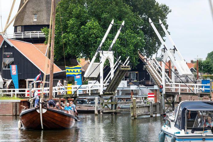 Over twee weken verdwijnt deze brug uit het straatbeeld van Harderwijk.
