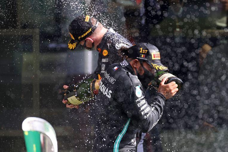 Bottas en Hamilton. Beeld AFP