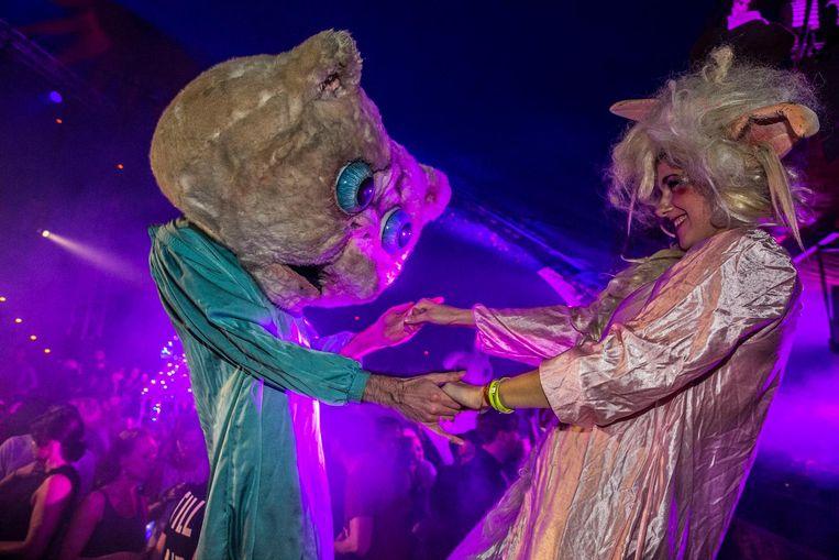 Nederland , Amsterdam , Thuishaven terrein , contactweg.18022017.18 februari 2017.Wonderland Festival Indoor 2017 - thuishaven terrein .organisatie verknipt. Beeld Amaury Miller
