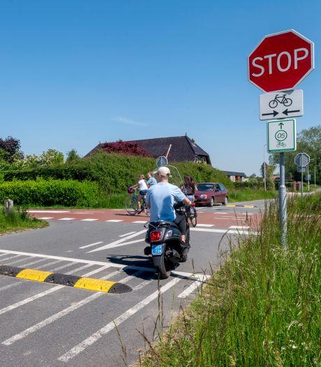Drempels op RijnWaalpad al na paar dagen gestolen; gemeente op zoek naar hufterproof oplossing
