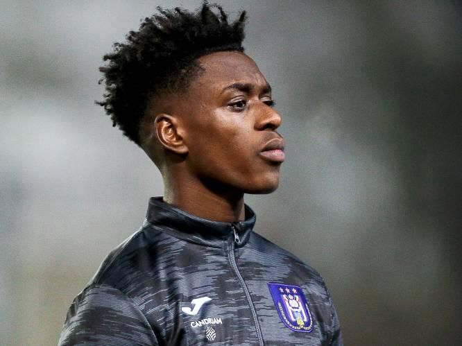 """Anderlecht-kapitein Sambi Lokonga spreekt: """"Men verwart arrogantie met hoe comfortabel wij aan de bal zijn"""""""