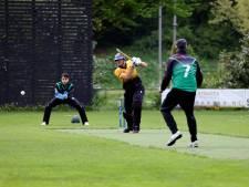 Joost Kroesen (Excelsior'20) blij dat titelstrijd in het cricket op de schop is gegaan: 'Nu houd je spanning tot het eind'
