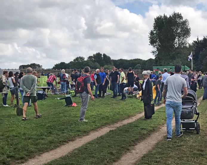 Chaos op 't Hooge Burgh in 2017, nadat twee trekpaarden op hol sloegen en dwars door het publiek galoppeerden.