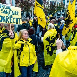 vlaams-nationalisten-gaan-elke-derde-zondag-van-de-maand-in-antwerpen-protesteren