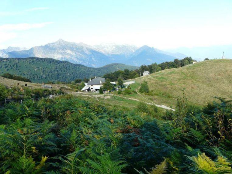 De berghut Lo Stallone ontvangt stappers op de flank van de Cimetta. Beeld UNKNOWN