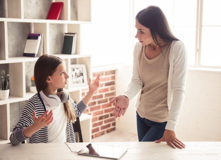 Volgens de Franse Stichting voor het Kind, maakt 85 procent van de ouders in Frankrijk nog gebruik van de pedagogische tik bij de opvoeding van hun kinderen.  Beeld Thinkstock