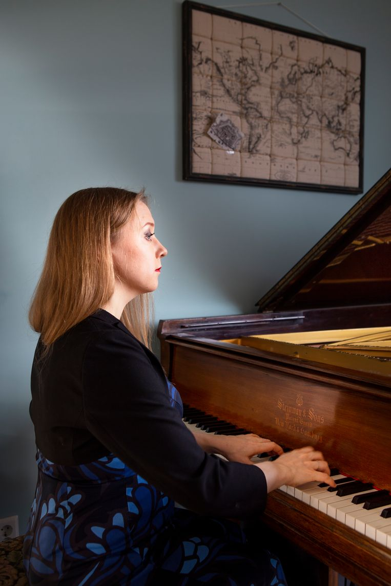 Klavierspeler Olga Pasjtsjenko: 'Mijn lerares zei altijd, 'je leert van de muziek, de techniek volgt vanzelf''. Beeld Pauline Niks