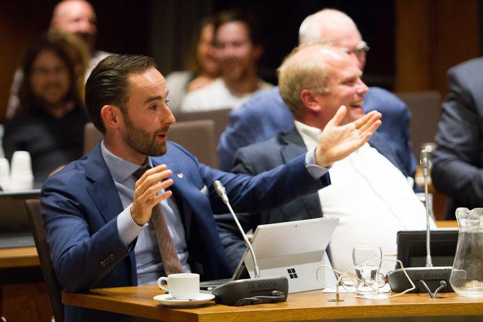 CDA-fractievoorzitter en lijsttrekker Jeroen Bruijns in actie in de gemeenteraad van Breda.