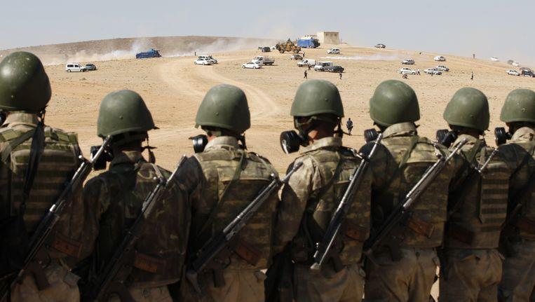 Soldaten aan de Turks-Syrische grens. Beeld GETTY