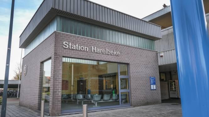 Wachtzaal in stationsgebouw blijft open, ook nadat loketten er gesloten worden