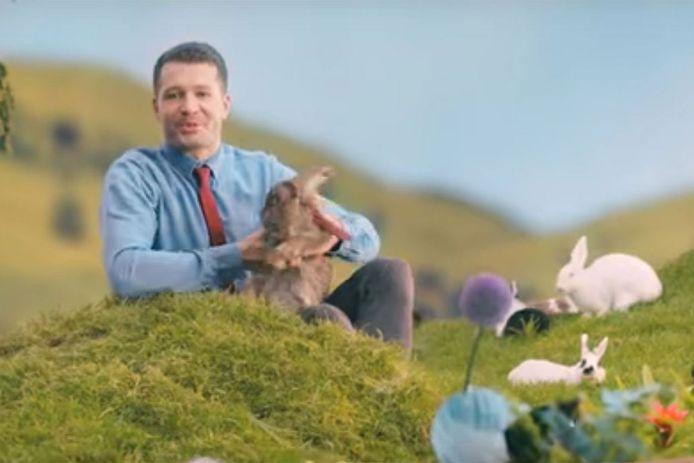 Met een reclamefilmpje vol konijnen wil het Pools ministerie van Volksgezondheid de bevolking stimuleren gezond te leven tijdens de vruchtbare jaren.