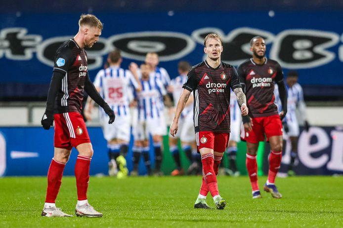 Feyenoord-spelers balen na een tegentreffer.