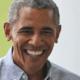 Moeder komt Obama tegen op het vliegveld en dan maakt ze déze foto
