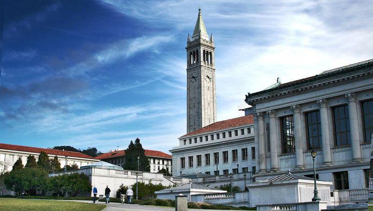 De universiteit in Berkeley lag eerder al onder vuur voor zijn protesten tegen een extreemrechts spreker. Beeld rv