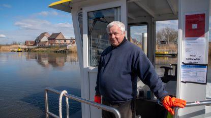 """""""Ik kreeg al heel wat verwijten en zelfs bedreigingen"""": veerdienst over de Schelde tussen Schellebelle en Kalkense Meersen gesloten voor recreanten"""