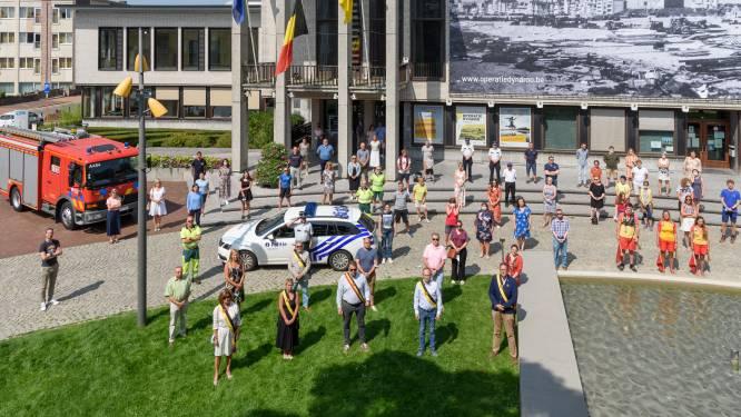 """Gemeente De Panne schenkt 11.225 euro aan solidariteitsfonds Rode Kruis: """"Het vuurwerk van 21 juli verplaatsen we naar 15 augustus."""""""