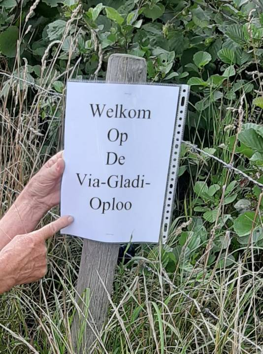 Zo wisten wandelaars tijdens de Alternatieve 4-daagse van Oploo in 2020 dat ze op een kilometer van de finish waren.