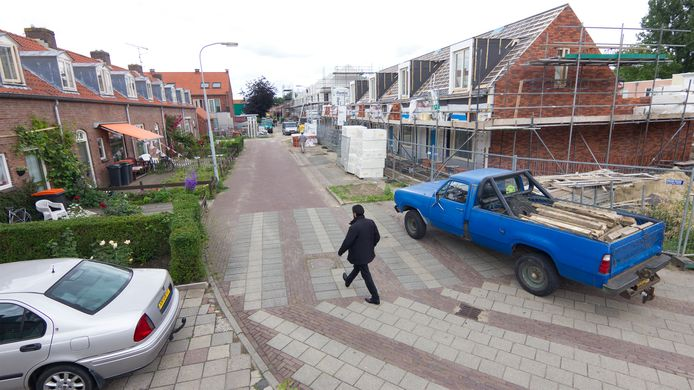 Sloop en nieuwbouw in de Beatrixstraat in Doesburg in 2013.