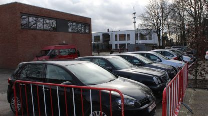 """Personeel OCMW moet binnenkort betalen om aan werk te parkeren: """"500 euro per maand voor parking, waanzin!"""""""