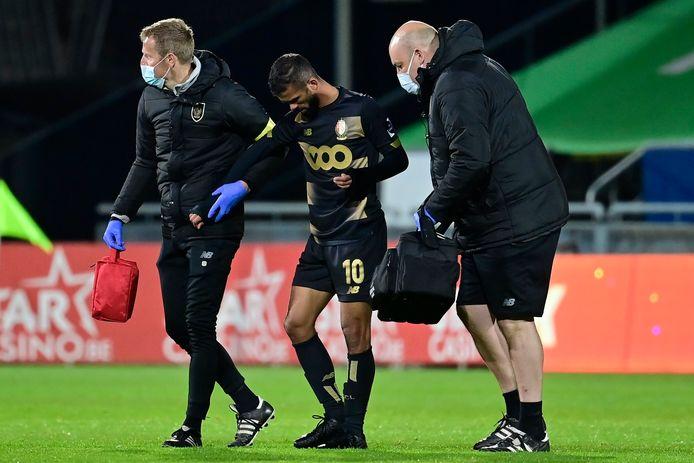 Mehdi Carcela werd in Oostende vorige week nog van het veld gestuurd.