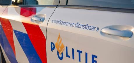 Agent lost waarschuwingsschot bij achtervolging: meerdere politiewagens geramd