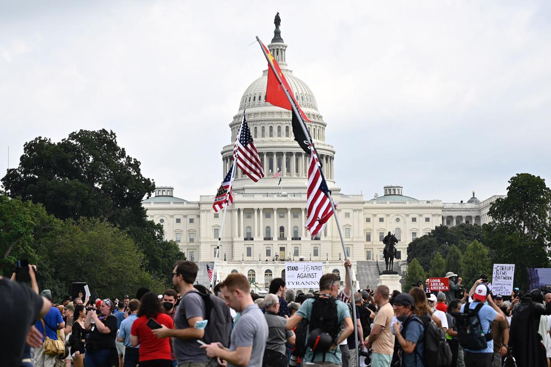 Demonstranten zaterdag bij het capitool. Beeld AFP