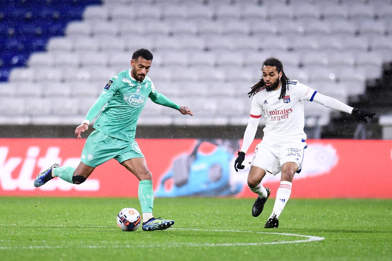 Jason Denayer et Lyon s'accrochent au peloton de tête en Ligue 1.