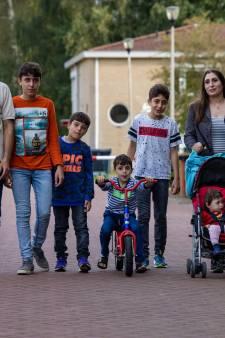 Bachar en Ruba woonden al in azc Dronten terwijl hun vijf kinderen nog vastzaten in Syrië: 'Wanneer kom je ons halen, papa?'