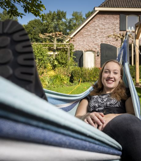 Berit (18) wil niet weg uit Achterhoek: 'Ik hou niet van een drukke stad'