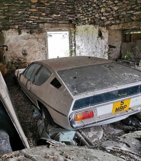 Ils rachètent une ferme et découvrent une Lamborghini stockée dans une grange depuis 30 ans
